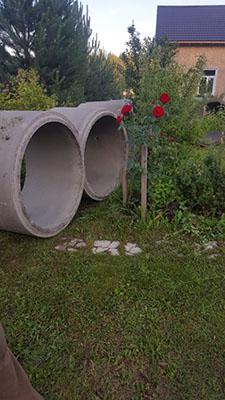 копка колодца в Малоярославце