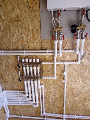сантехнические работы по проведению воды в частный дом