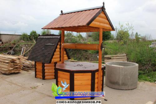 Домик для колодца в Истре
