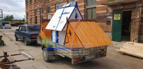 Доставка колодезных домиков и дачных туалетов в Московской области